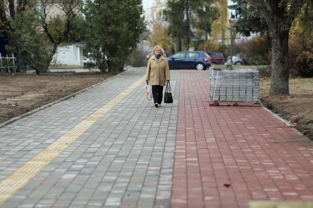 Ремонт тротуару на вул. Лесі Українки