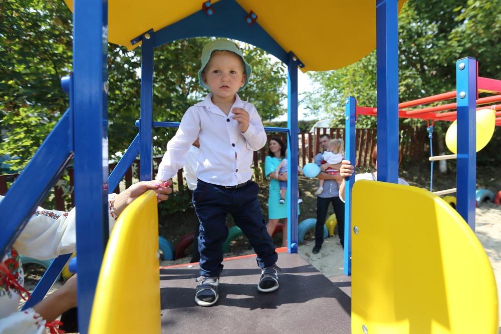 село чернихів, дитячий садок, відкриття, фото, тернопільський тиждень