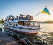 Запрошуємо жителів і гостей міста на водні прогулянки Тернопільським ставом
