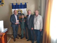 Воїн УПА Теодор Дячун зустрівся з очільником Тернополя Сергієм Надалом