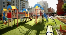 У Тернополі від початку року встановили 40 дитячих майданчиків
