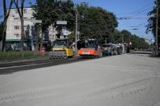 Ремонт дороги на проспекті Злуки на завершальному етапі