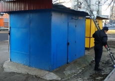 На зупинці громадського транспорту «15 школа» демонтовано тимчасову споруду