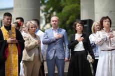 Очільник Тернополя привітав випускників Галицького коледжу