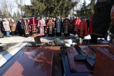 На Микулинецькому кладовищі вшанували пам'ять загиблих воїнів АТО