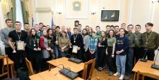 Очільник Тернополя нагородив переможців спортивно-патріотичних змагань «Кубок Шухевича»