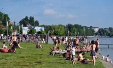 На пляжі «Циганка» розпочався купальний сезон