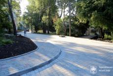 У Тернополі триває капітальний ремонт дворів та міжквартальних проїздів