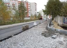 Завершується капітальний ремонт тротуару та проїжджої частини на вулиці Рєпіна у Тернополі