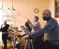 У Тернопільському міському територіальному центрі працює тренажерний зал для жителів громади літнього віку