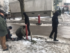 На вул. Київській демонтували обмежувач руху (шлагбаум)