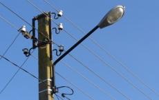 Понад 100 вуличних ліхтарів уже відремонтували у селах Тернопільської громади